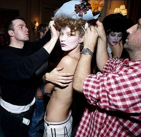 Harry Benson, Kate Moss with Dressers, Paris  Ed. 10/35 1993, photograph
