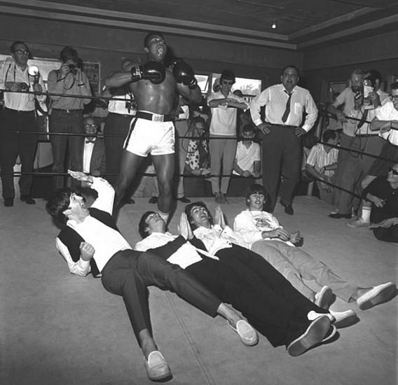 Harry Benson, Beatles & Cassius Clay II, Miami, Edition 19/35 1964, photograph
