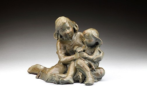 Jane DeDecker ,   Mom and Molly (M), Ed. of 31  ,  2009     bronze ,  7 x 10 x 6 in. (17.8 x 25.4 x 15.2 cm)     JD120909