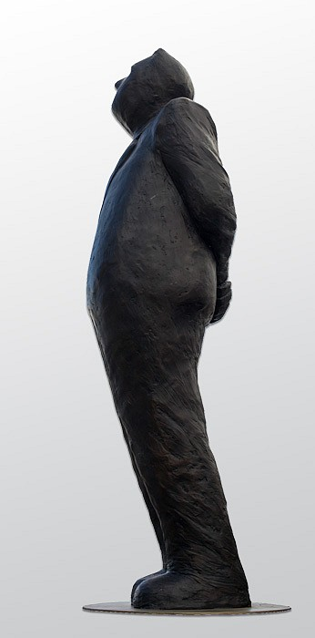 Jim Rennert ,   Perspective (monumental), Edition of 2  ,  2013     bronze and steel ,  80 x 30 x 30 in. (203.2 x 76.2 x 76.2 cm)     JREM140507